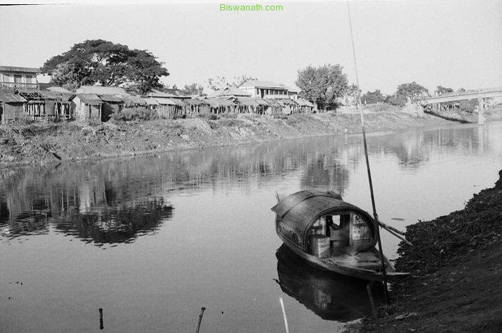 Biswanath-town-1978